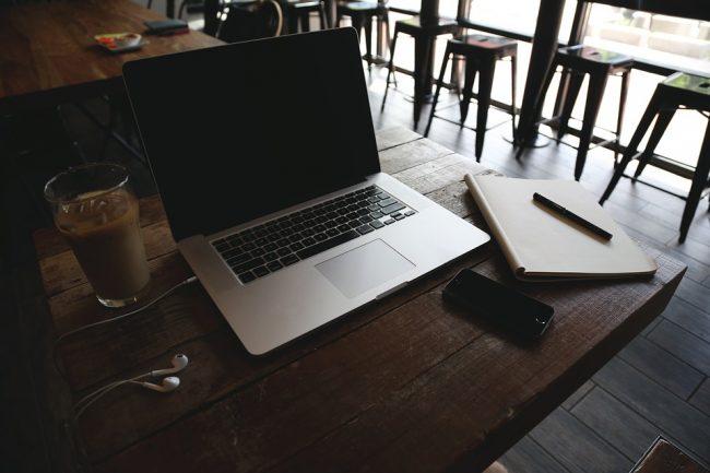 Otthon végezhető munka
